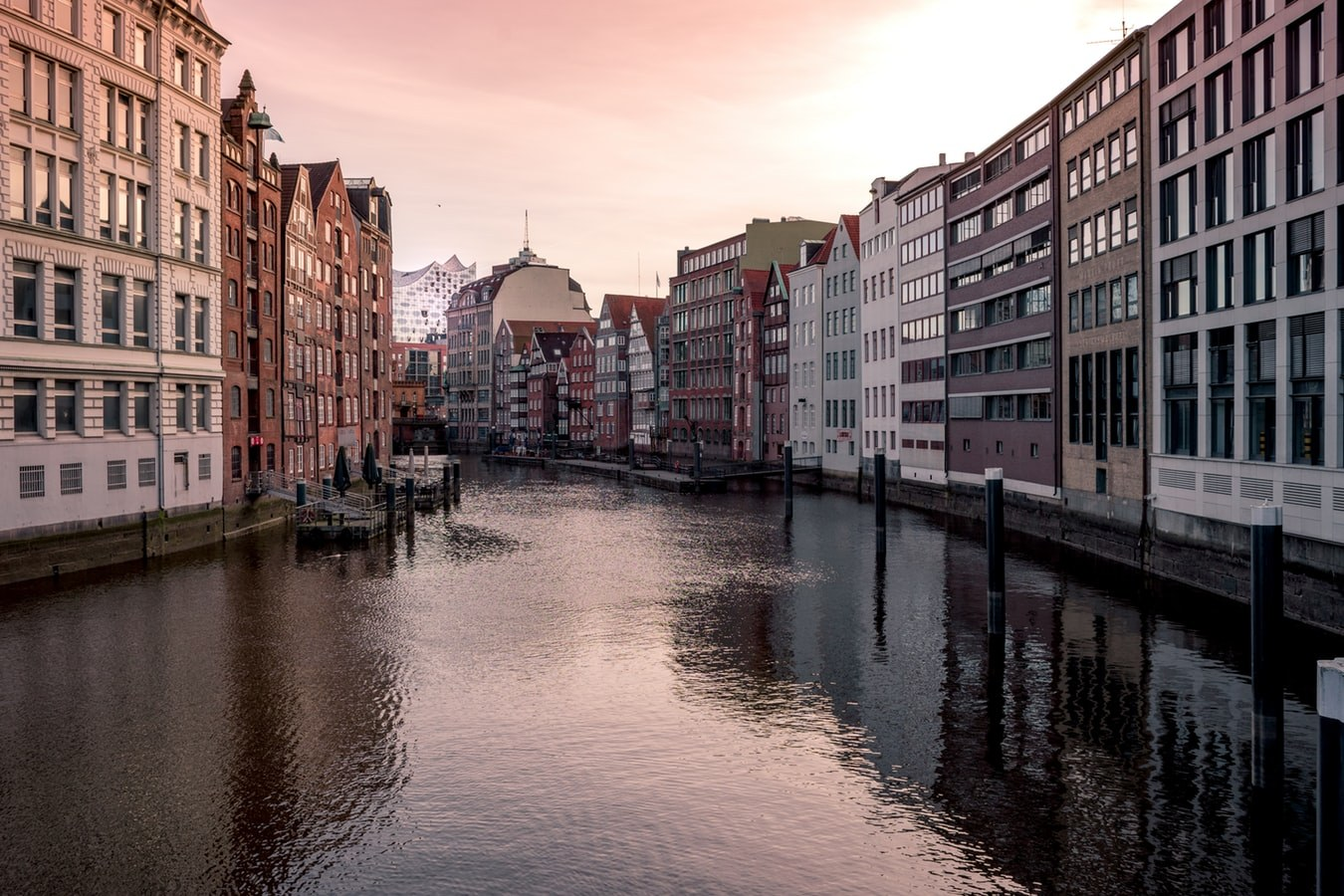 HAMBURG - THE NORTHERN TRAVEL DESTINATION OF GERMANY